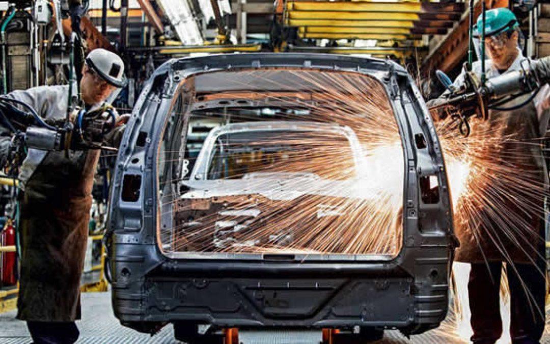 Produção de veículos novos e usados cresce em 2017